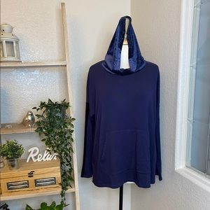 Eileen Fisher navy long sleeve